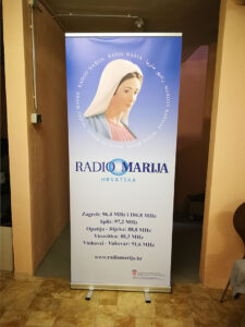 Radio-Marija-roll-up.jpg